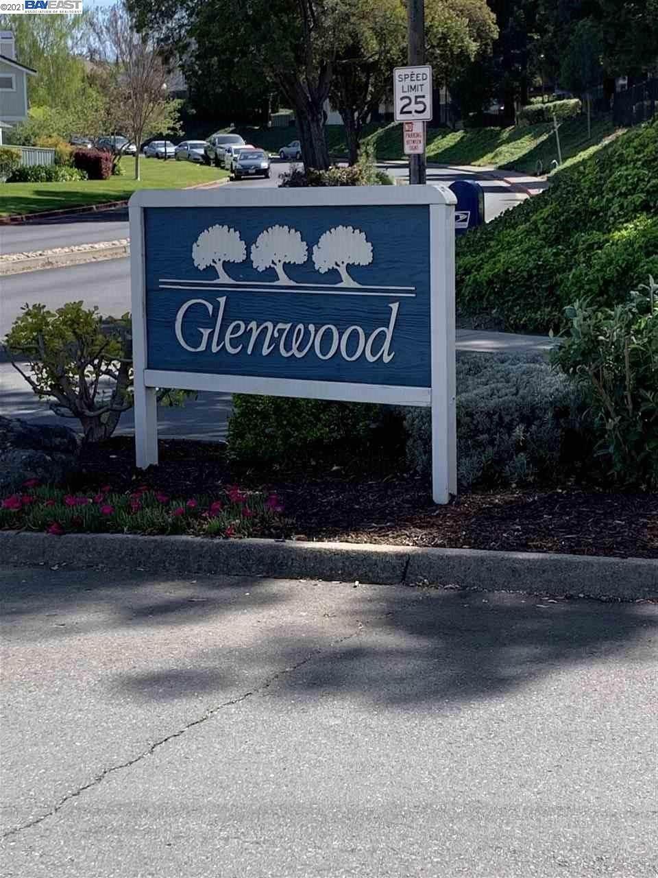 187 Glenwood - Photo 1