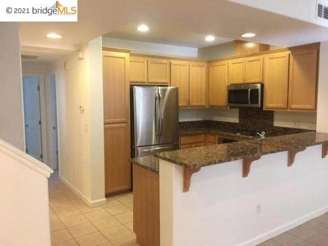 677 Modern Ice, San Jose, CA 95112 (#EB40945049) :: Intero Real Estate