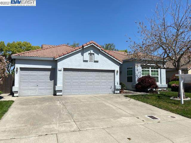 10853 Fire Island Cir, Stockton, CA 95209 (#BE40945100) :: Alex Brant