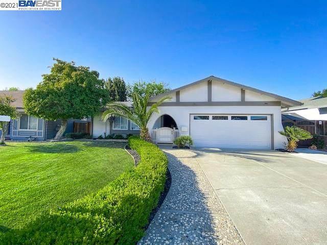 544 Huntington Way, Livermore, CA 94551 (#BE40946576) :: The Kulda Real Estate Group