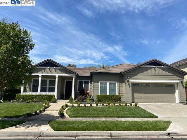 1404 White Stable Dr, Pleasanton, CA 94566 (#BE40947953) :: Robert Balina | Synergize Realty