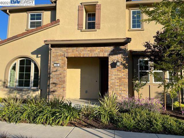 268 Staircase Falls Common, Fremont, CA 94539 (#BE40950106) :: Alex Brant