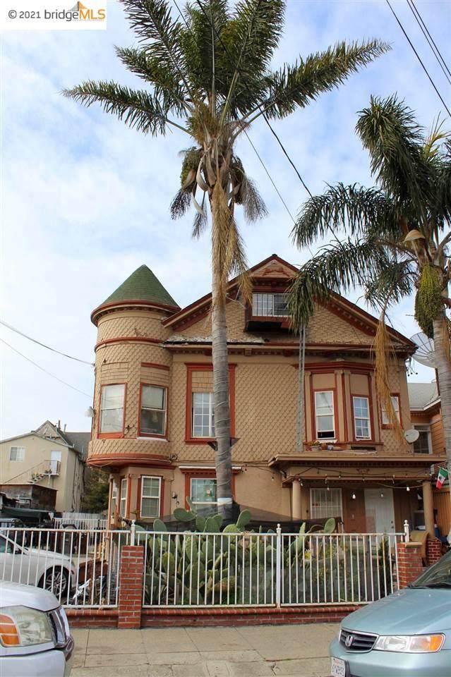 851 34Th Ave, Oakland, CA 94601 (#EB40953413) :: Schneider Estates