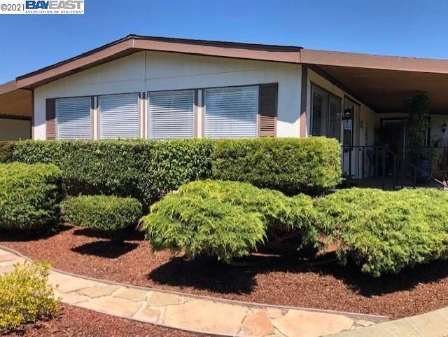 29530 Sandburg Way, Hayward, CA 94544 (#BE40956273) :: The Gilmartin Group