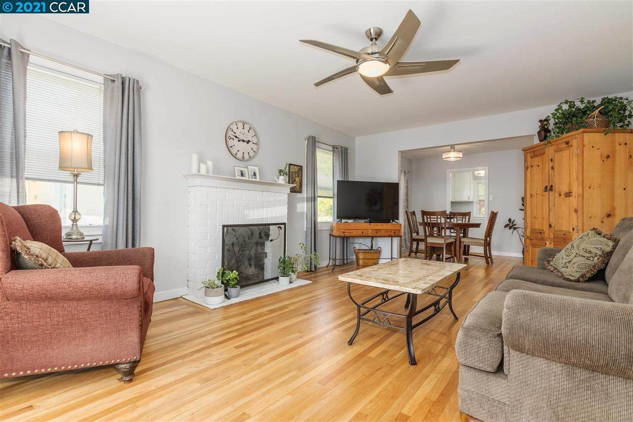 1040 Veale Ave - Photo 1