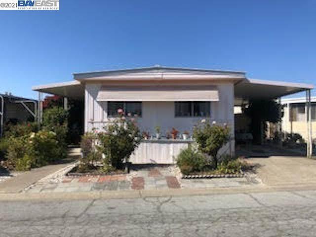 1150 W Winton 525, Hayward, CA 94545 (#BE40967129) :: Alex Brant
