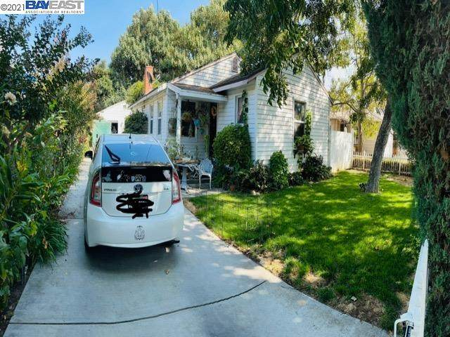 238 N Sherman Ave, Manteca, CA 95336 (#BE40970879) :: The Sean Cooper Real Estate Group