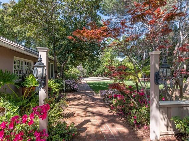 14060 Douglass Ln, Saratoga, CA 95070 (#ML81700718) :: von Kaenel Real Estate Group
