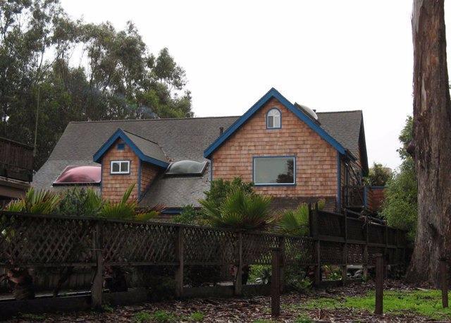 30 Moran Way, Santa Cruz, CA 95062 (#ML81701363) :: Brett Jennings Real Estate Experts