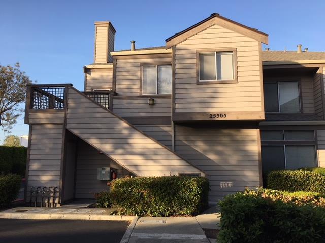 25505 Compton Ct 102, Hayward, CA 94544 (#ML81702500) :: Brett Jennings Real Estate Experts