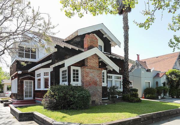 499 S 5th St, San Jose, CA 95112 (#ML81702624) :: The Dale Warfel Real Estate Network