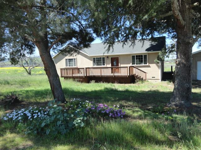 2740 Southside Rd, Hollister, CA 95023 (#ML81706465) :: Intero Real Estate