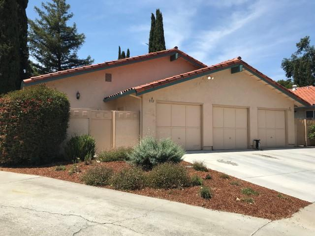 372 Nature Dr, San Jose, CA 95123 (#ML81706947) :: Strock Real Estate