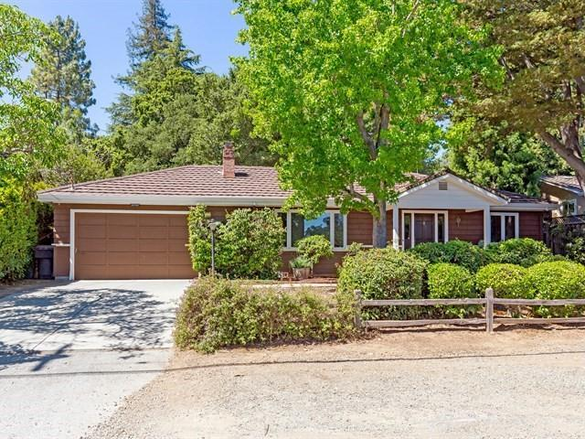 20560 Komina Ave, Saratoga, CA 95070 (#ML81710269) :: The Goss Real Estate Group, Keller Williams Bay Area Estates