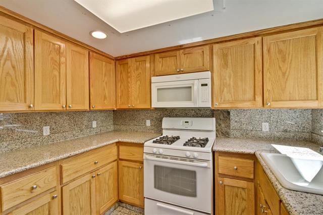 309 Market Pl, Menlo Park, CA 94025 (#ML81711036) :: Brett Jennings Real Estate Experts