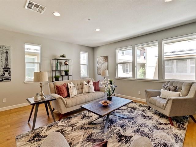 581 San Remi Ter, Sunnyvale, CA 94085 (#ML81711305) :: RE/MAX Real Estate Services