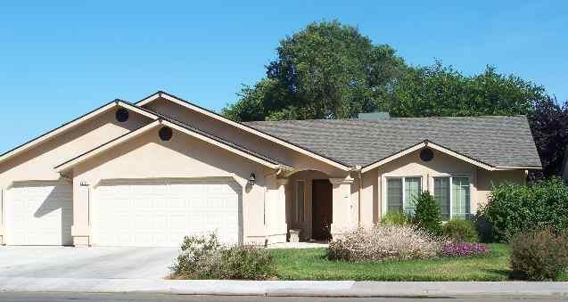904 Ventura Ave, Chowchilla, CA 93610 (#ML81711557) :: von Kaenel Real Estate Group
