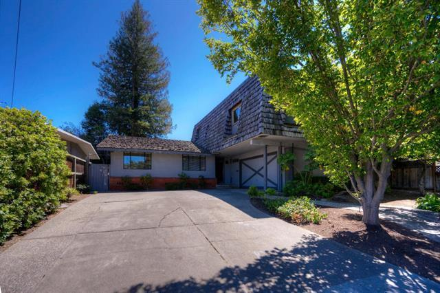 2111 Harkins Ave, Menlo Park, CA 94025 (#ML81714746) :: Brett Jennings Real Estate Experts