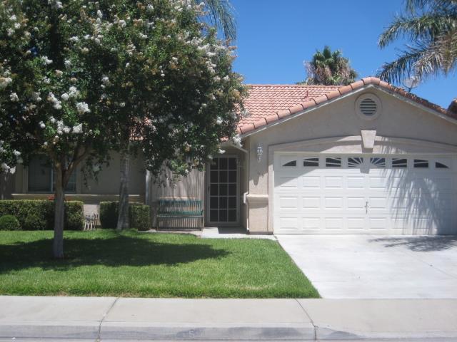 968 Willmott Ave, Los Banos, CA 93635 (#ML81716586) :: The Warfel Gardin Group