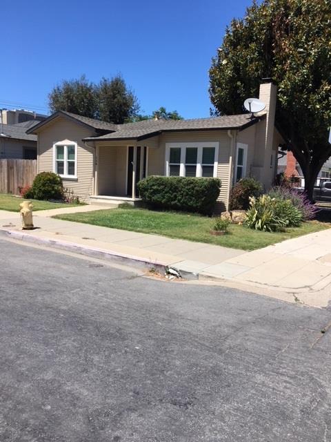 119 E San Luis St, Salinas, CA 93901 (#ML81717810) :: Brett Jennings Real Estate Experts