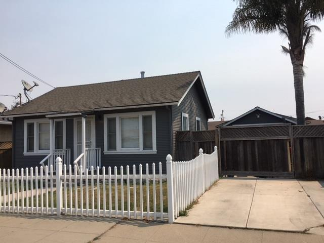 57 Villa St, Salinas, CA 93901 (#ML81718179) :: Intero Real Estate