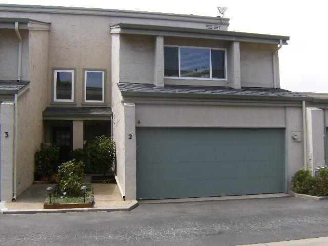 1253 Los Olivos Dr 2, Salinas, CA 93901 (#ML81718975) :: Strock Real Estate