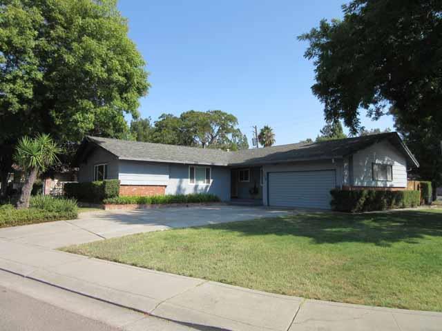 108 Bernice Ave, Stockton, CA 95210 (#ML81721459) :: Julie Davis Sells Homes