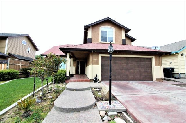 1667 Boston St, Salinas, CA 93906 (#ML81722548) :: The Goss Real Estate Group, Keller Williams Bay Area Estates