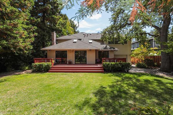 1770 Stockbridge Ave, Redwood City, CA 94061 (#ML81723692) :: Strock Real Estate