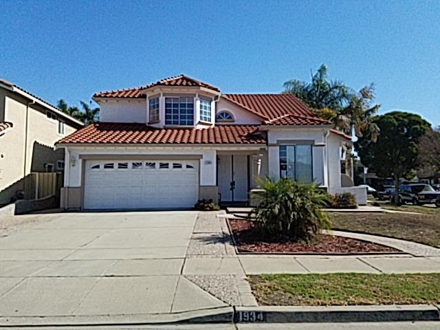 1934 Newcastle Dr, Salinas, CA 93906 (#ML81730105) :: Strock Real Estate