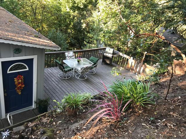 10 Manzanita Ave, Mount Hermon, CA 95041 (#ML81731107) :: Strock Real Estate
