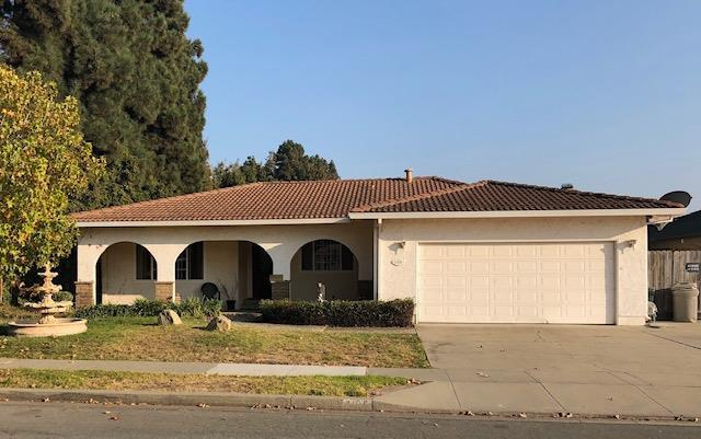 1105 Aspen Pl, Salinas, CA 93901 (#ML81731363) :: The Goss Real Estate Group, Keller Williams Bay Area Estates