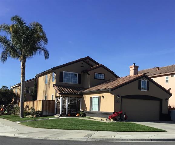 992 Crestview St, Salinas, CA 93906 (#ML81731518) :: Strock Real Estate