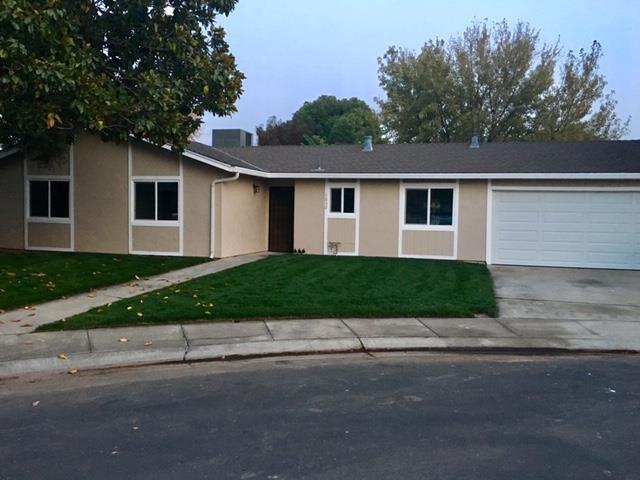 2032 Plumtree Pl, Manteca, CA 95336 (#ML81733186) :: The Kulda Real Estate Group