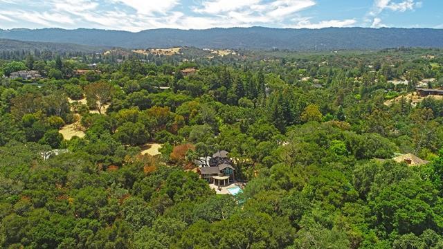 95 Tallwood Ct, Atherton, CA 94027 (#ML81735738) :: The Kulda Real Estate Group