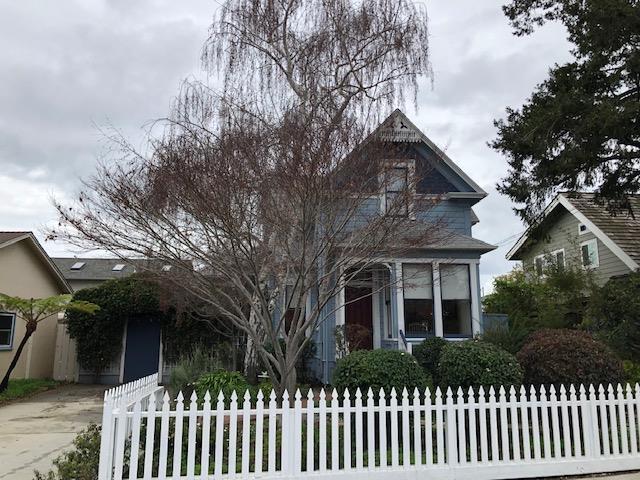 519 Poplar Ave, Santa Cruz, CA 95062 (#ML81737329) :: Strock Real Estate