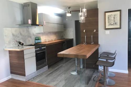 119 Lotus Way, East Palo Alto, CA 94303 (#ML81739229) :: Strock Real Estate