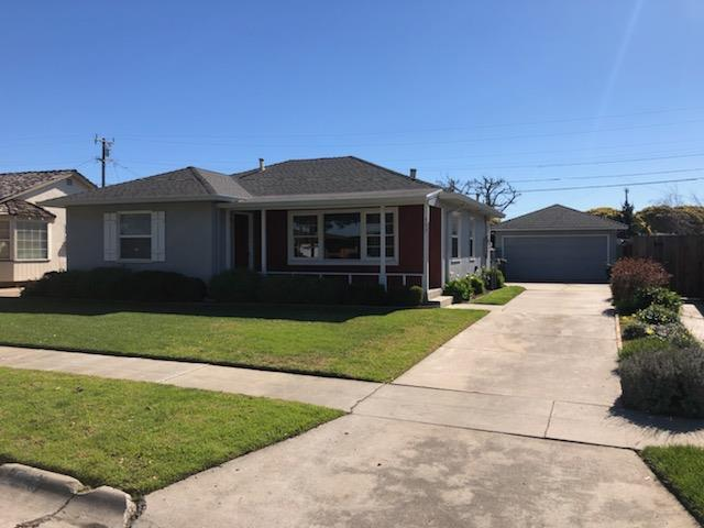 517 Tulane St, Salinas, CA 93906 (#ML81739953) :: The Kulda Real Estate Group