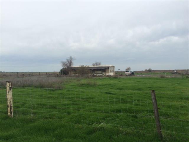 18380 Terceira Rd, Los Banos, CA 93635 (#ML81741803) :: The Kulda Real Estate Group