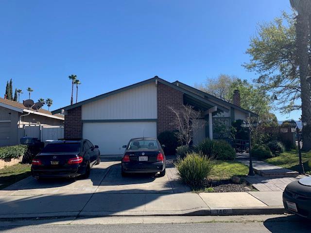146 Juneberry Ct, San Jose, CA 95136 (#ML81742589) :: Perisson Real Estate, Inc.