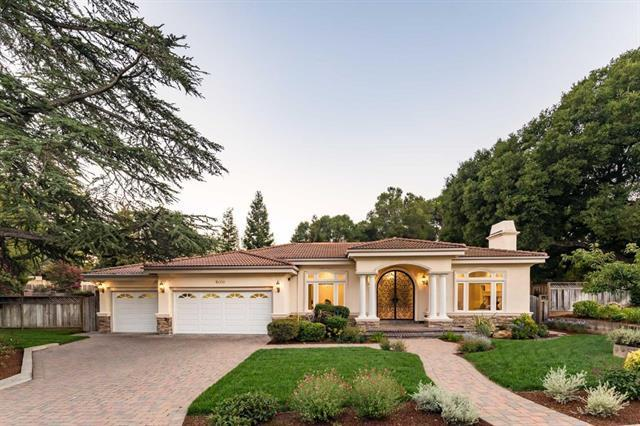 18000 Rodeo Creek Holw, Saratoga, CA 95070 (#ML81743960) :: The Gilmartin Group