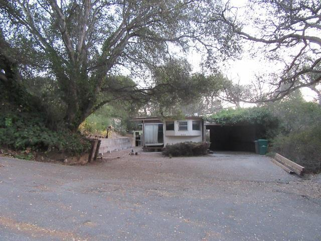 9047 Prunedale South Rd, Salinas, CA 93907 (#ML81745052) :: The Kulda Real Estate Group
