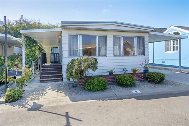 4160 Jade St 8, Capitola, CA 95010 (#ML81745720) :: Brett Jennings Real Estate Experts