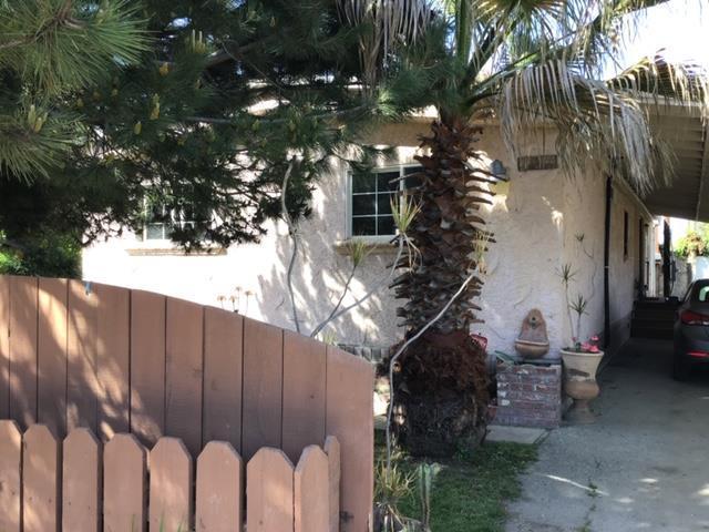 4 Higuera Ln, Salinas, CA 93907 (#ML81747076) :: Strock Real Estate