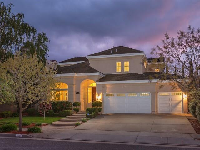 7209 Emami Dr, San Jose, CA 95120 (#ML81747332) :: The Realty Society