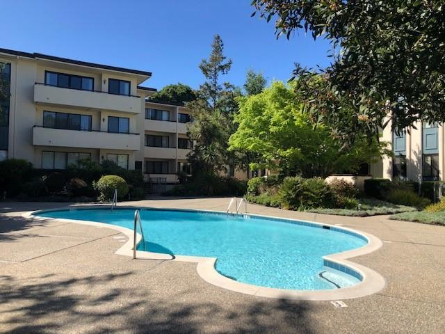 525 Almer Rd 301, Burlingame, CA 94010 (#ML81747834) :: The Kulda Real Estate Group
