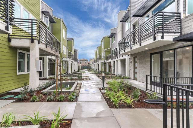 388 Hearst Dr, Milpitas, CA 95035 (#ML81748075) :: The Goss Real Estate Group, Keller Williams Bay Area Estates
