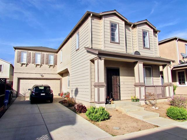 385 Port Ln, Greenfield, CA 93927 (#ML81751369) :: The Warfel Gardin Group