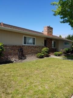 717 College Dr, Salinas, CA 93901 (#ML81751713) :: Keller Williams - The Rose Group