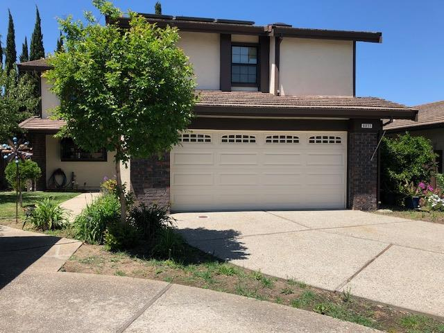 6055 Peppertree Ct, Newark, CA 94560 (#ML81753482) :: The Gilmartin Group